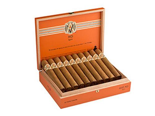 AVO Cigars XO Maestoso Churchill 20 Ct. Box 7.00X48