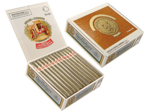 AYC Grenadiers Natural Light Box Cigars