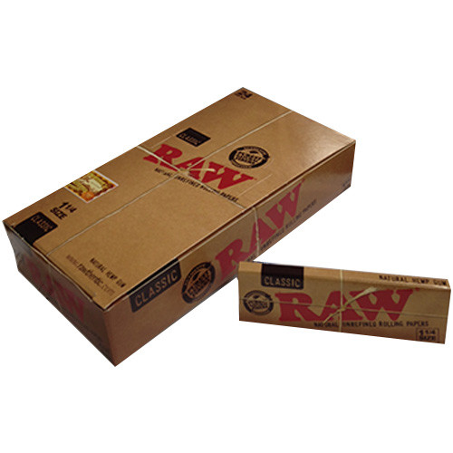 RAW Classic Rolling Papers  1 1/4 24 per box