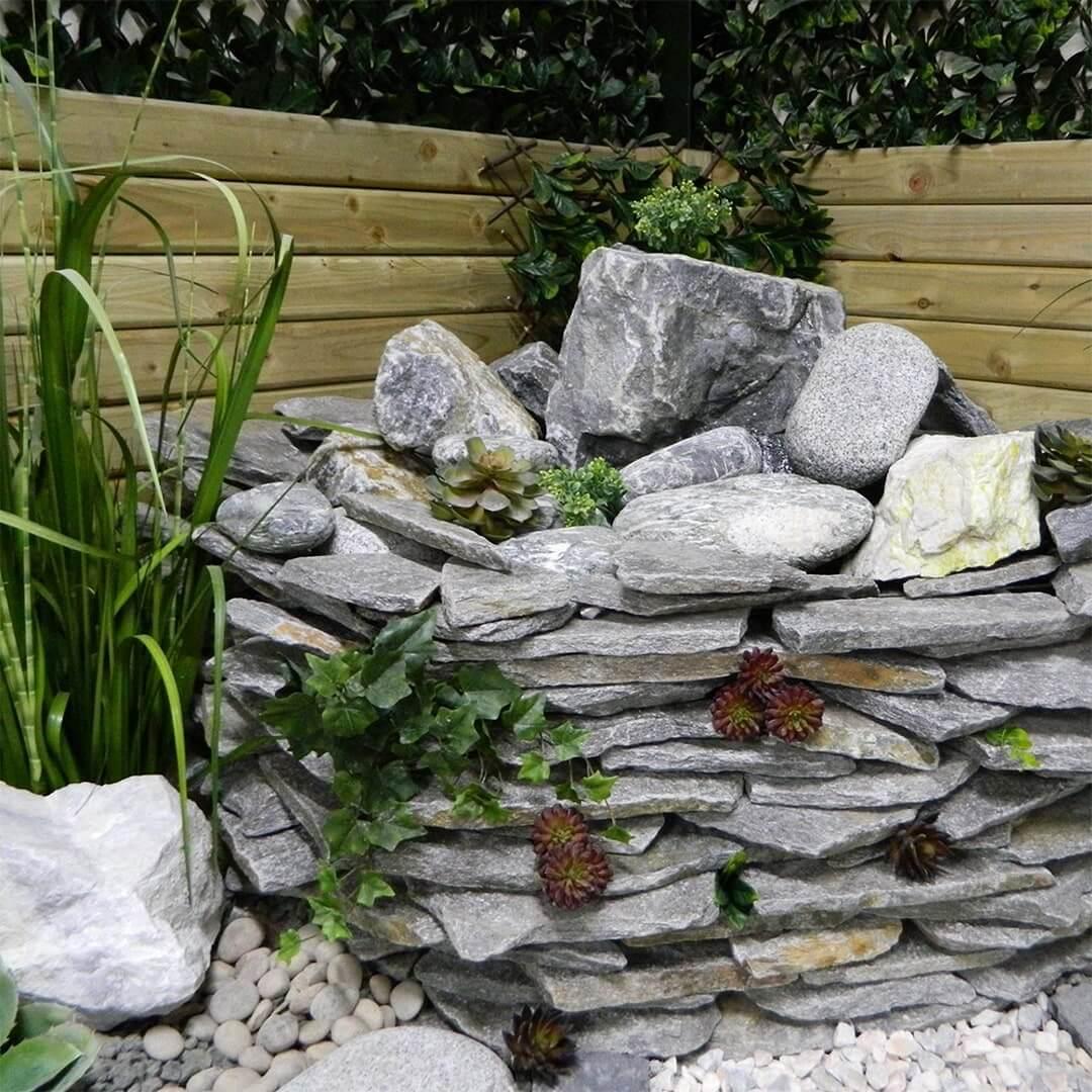 Paddlestone water feature