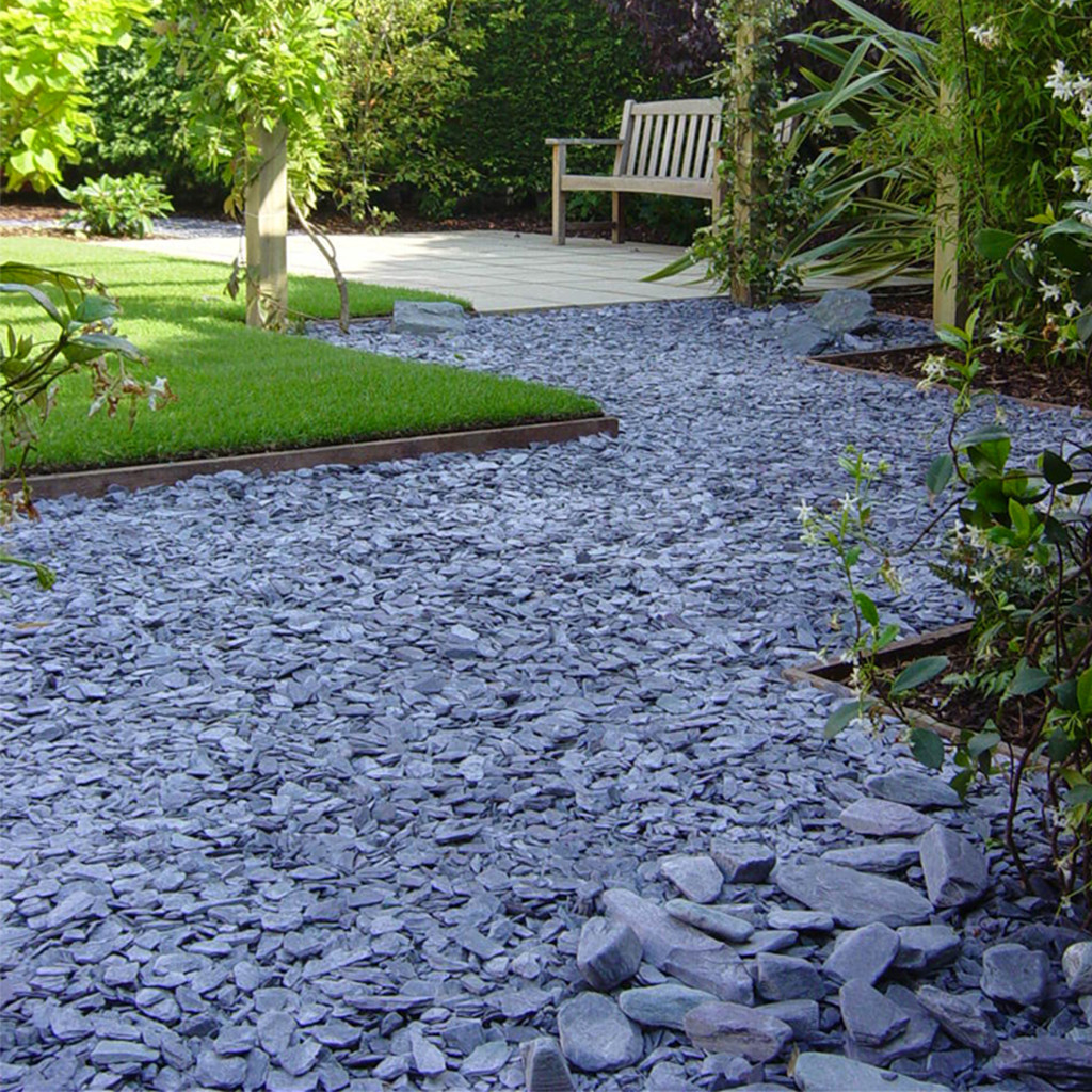Blue Slate Chippings In situ1