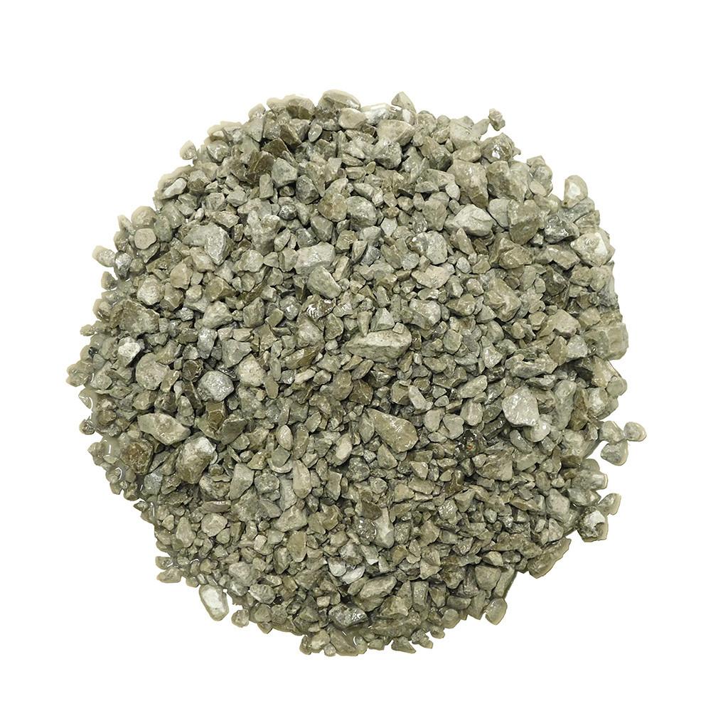 Limestone Chippings Wet
