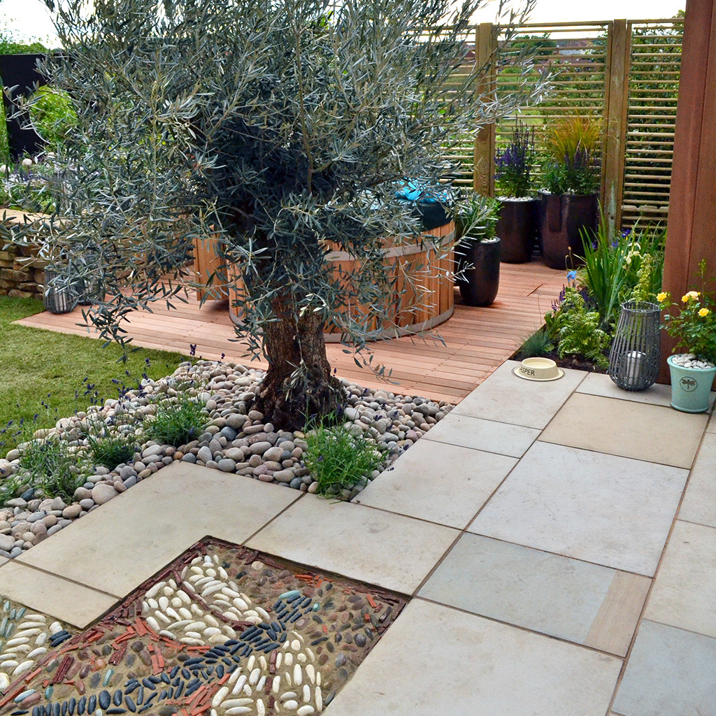 Tudor Sandstone Paving  In situ