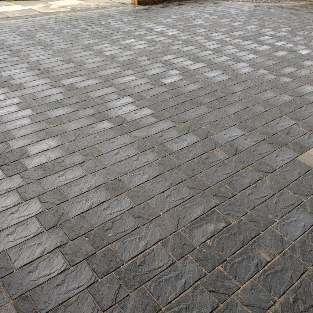 Charcoal Windermere Block Paving Driveway