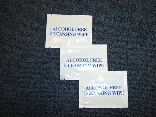 NON ALCOHOL WIPES (BOX 100)