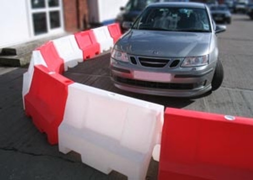 1MTR WHITE TRAFFIC SEPARATOR BARRIER