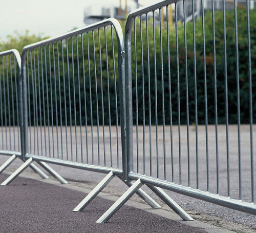 2MTR METAL PEDESTRIAN BARRIER