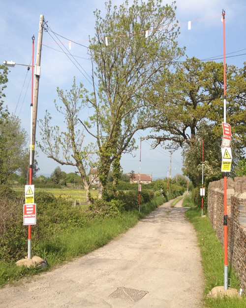 OVERHEAD CABLE WARNING GOAL POST
