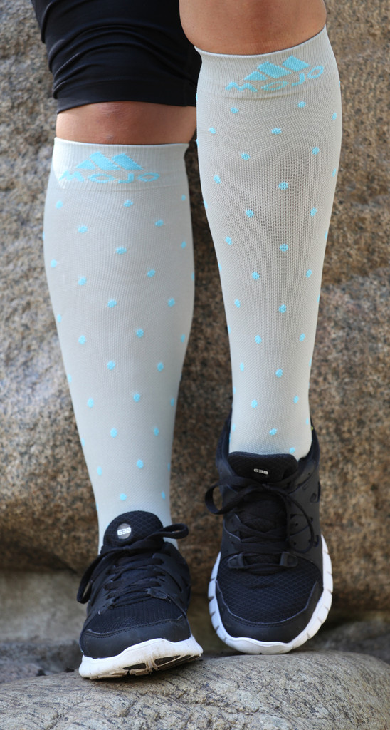 M816GD, Firm Support (20-30mmHg) Grey Blue Dot Knee High Compression Socks, Front View