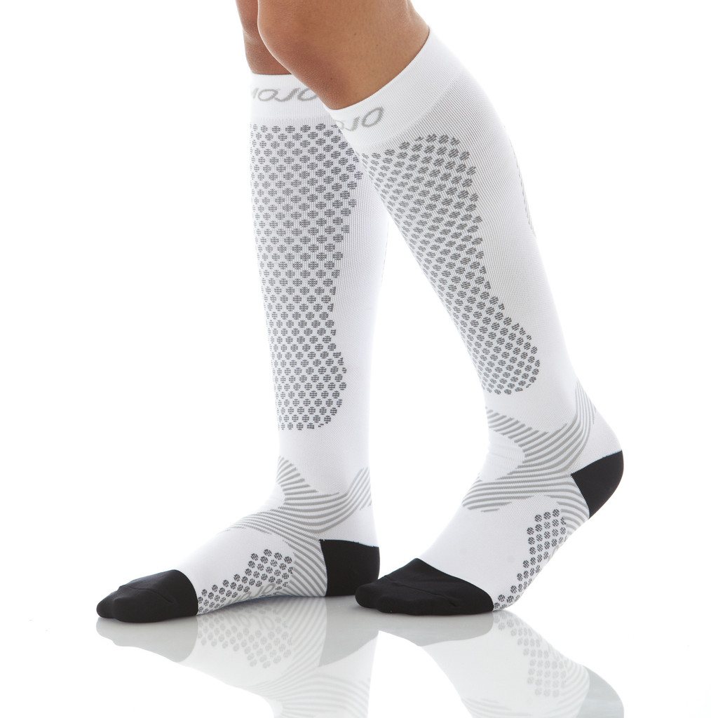 A603WH, Firm Support (20-30mmHg) White Knee High Compression Socks, Front View