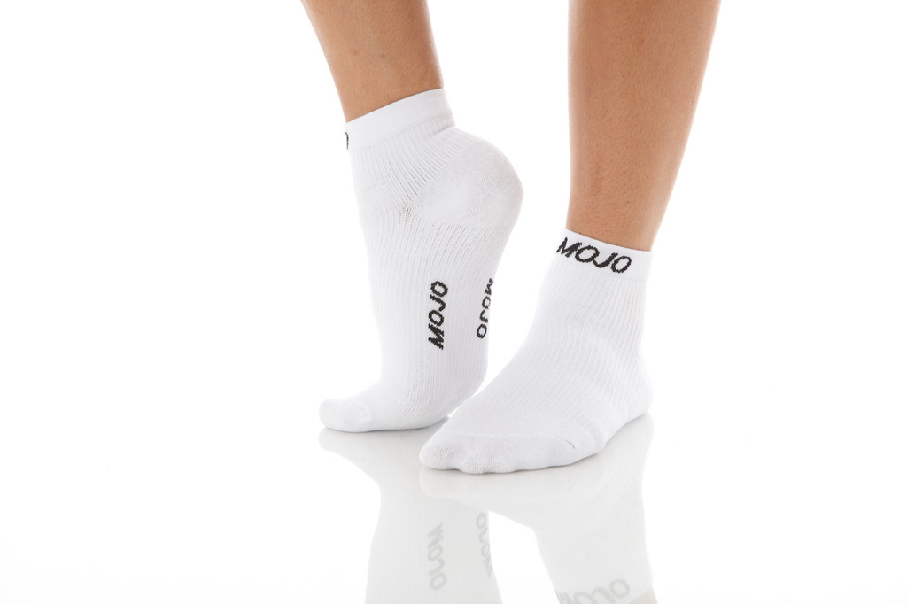 A1012WH, Medium Support (15-20mmHg) White Knee High Compression Socks, Rear View