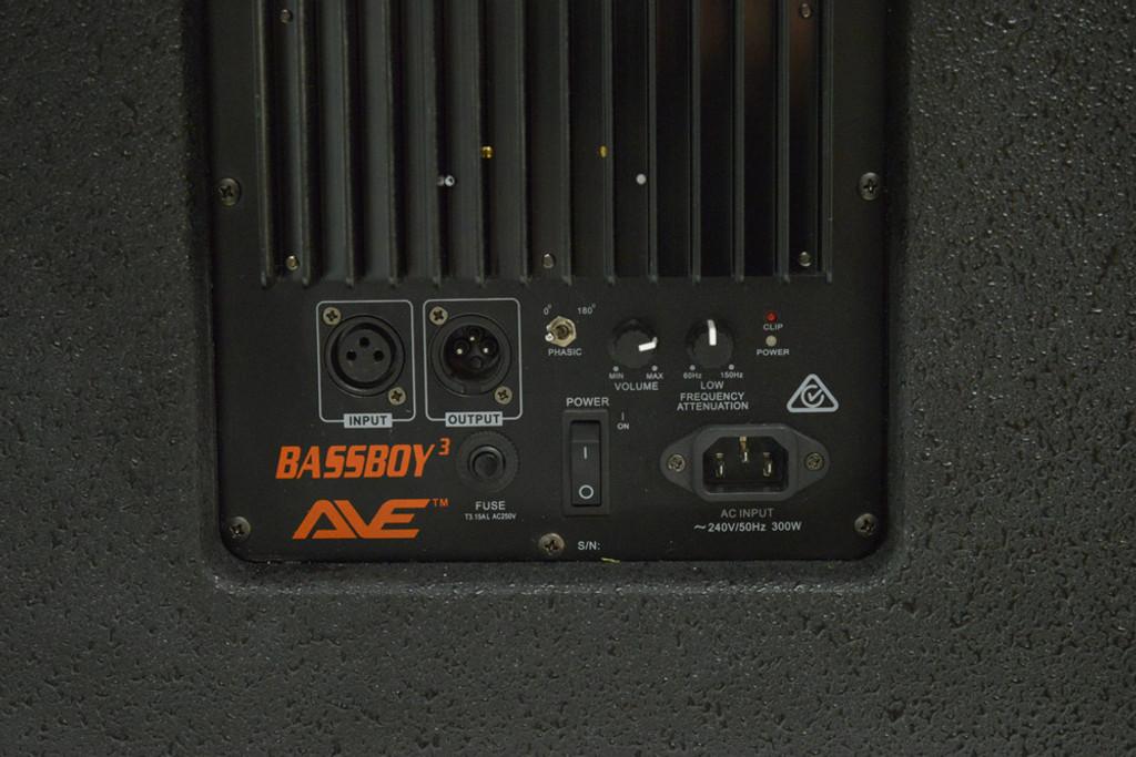 "AVE Bassboy3 Powered 18"" Subwoofer"