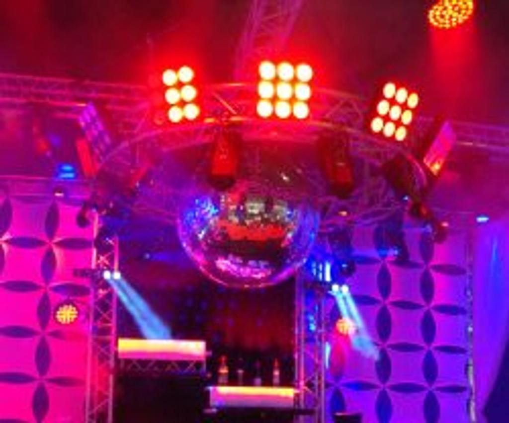 Chauvet DJ Core 3—3 LED Wash Effect