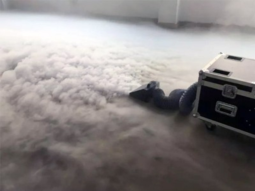 M.O.S K-5000 Professional Low Lying Fog Machine (Without Use of Dry Ice)