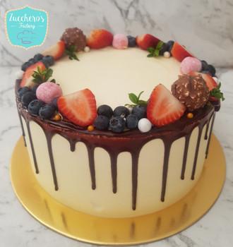 Last Minute Fruit Drip Cake