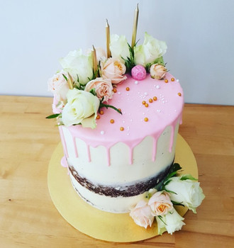 Semi Naked Roses Cake