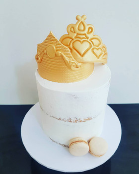 Zucchero is Sydney's best cake delivery company, offering a delicious range of gourmet products online, wedding, birthdays, baptism,  first communion, baby shower, gender reveal, graduations, 21st birthday and more...