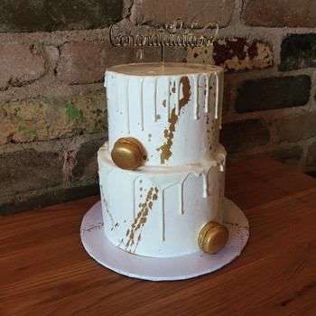 Zucchero is Sydney's best cake delivery company, offering a delicious range of gourmet products online, wedding, birthdays, baptism,  first communion, baby shower, gender reveal and more...