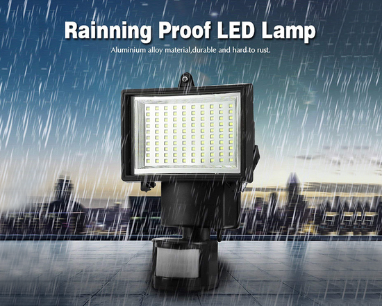 Solar LED Sensor Motion Light  under the rain