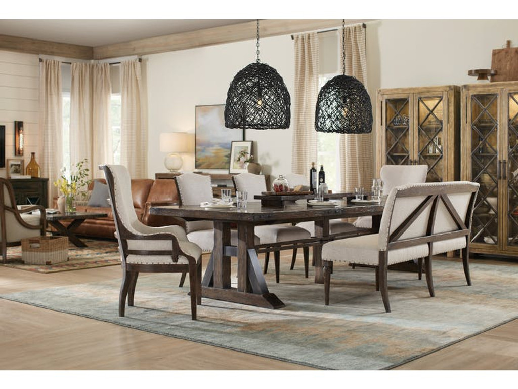 Hooker Furniture Dining Room Trestle Dining Table W/2 21 In leaves