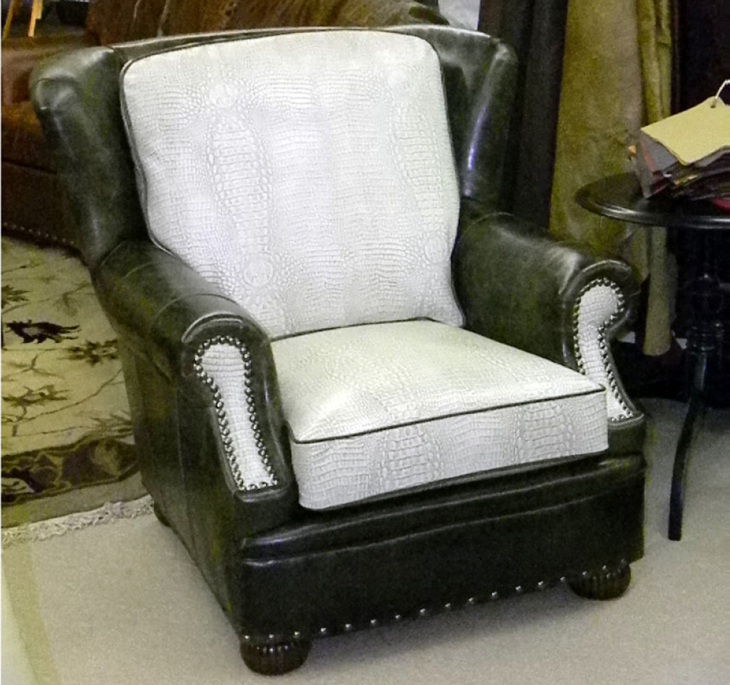 American Heritage Birmingham Pillow Back Chair and Ottoman-20% off