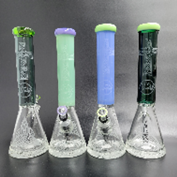 """15"""" Cali Cloud X Thick Beaker with Cross Sand Blasted Design"""
