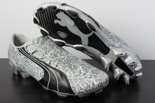 Puma V1.06 i FG Men's Soccer Boots / Cleats - Silver/ Black/ White with Case