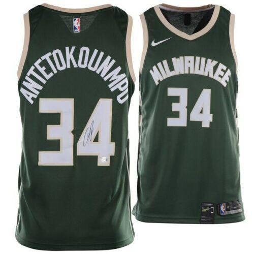 GIANNIS ANTETOKOUNMPO Milwaukee Bucks Autographed Nike Green Swingman Jersey FANATICS