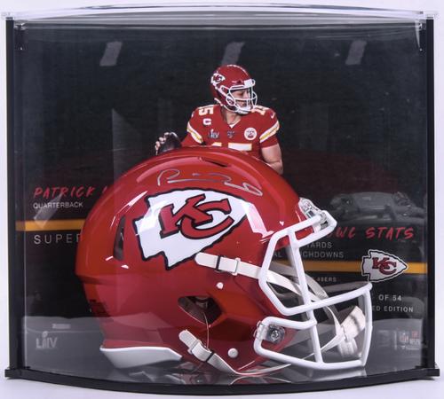 PATRICK MAHOMES Autographed Kansas City Chiefs Super Bowl Stat Speed Helmet Curve Display FANATICS LE 54