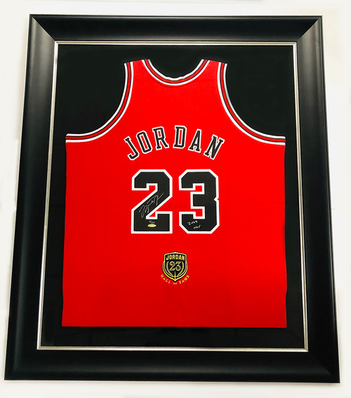 "MICHAEL JORDAN Autographed Chicago Bulls ""2009 HOF"" Authentic Red Jersey UDA LE 9/123"