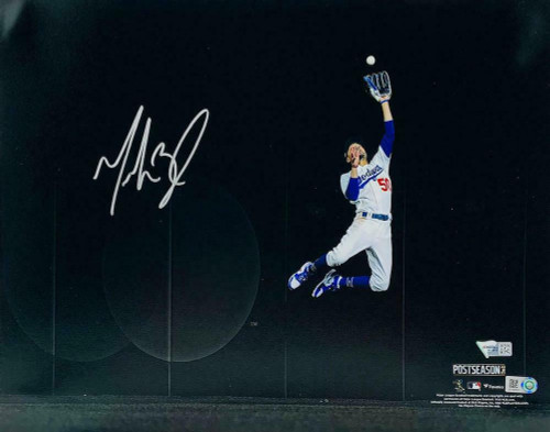 "MOOKIE BETTS Autographed Los Angeles Dodgers 2020 NLCS Home Run Robbing Catch 11"" x 14"" Spotlight Photograph FANATICS"