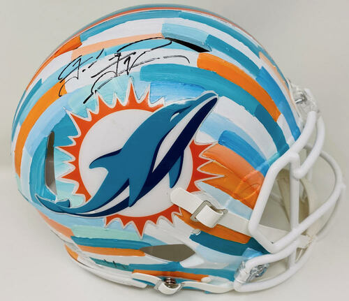 TUA TAGOVAILOA Autographed Miami Dolphins Riddell Speed Authentic Helmet - Hand-Painted Art by Charlie Turano III (White) FANATICS Limited Edition 1 of 1