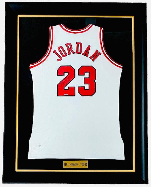 "MICHAEL JORDAN Autographed Bulls Retirement Night ""11/1/94"" Jersey UDA LE 4/111"