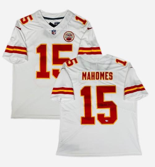 PATRICK MAHOMES Autographed Kansas City Chiefs Nike Limited Jersey FANATICS
