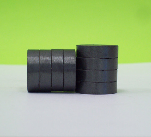 THICK 3/4 inch C8 Strong Ceramic Magnets ONLY for 1 Inch Buttons - 100
