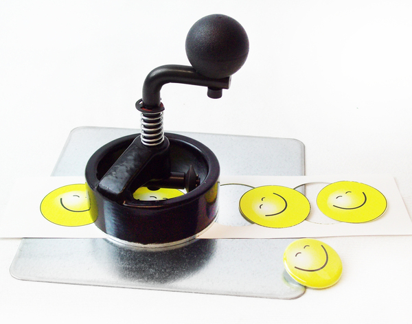 """1.25"""" NEW SMALLER BODY Button Boy Fixed Rotary Cutter for making 1-1/4 Inch Buttons - Cut Size is 1.629""""-FREE SHIPPING"""
