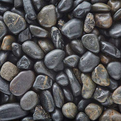 Polished Black Gravel - 20 lb