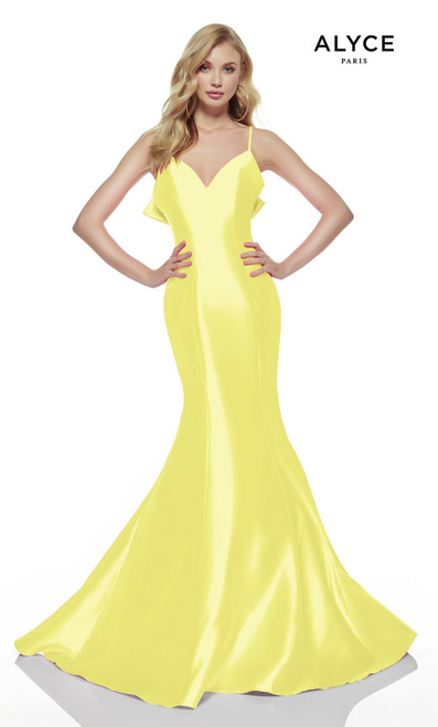 Wether you are celebrating your sweet 16 or attending your prom dance, this dress will put all eyes on you with beautiful mermaid silhouette in long Mikado material and open back, This dress have a detachable bow and a sweetheart neckline- shop prom-avenue  Available in Neon Pink, Limoncello, Mermaid (Blue )