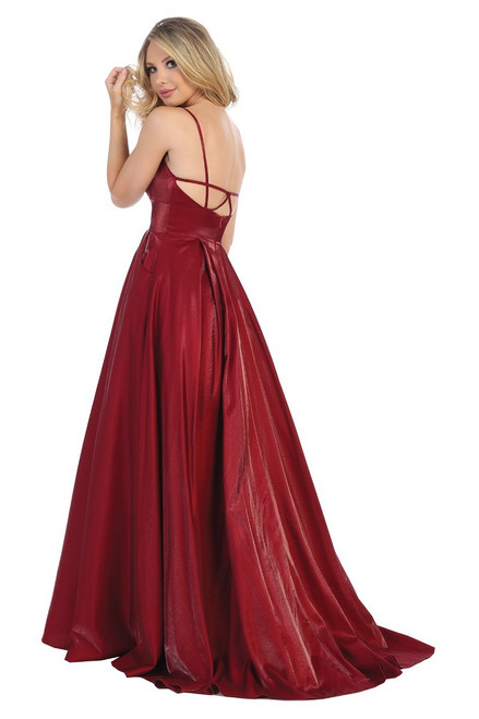 Let's 7524L,A-line long sweetheart neckline burgundy long prom gown, with open back and pockets in style Let's 7524L.  shop prom avenue   Available in Burgundy