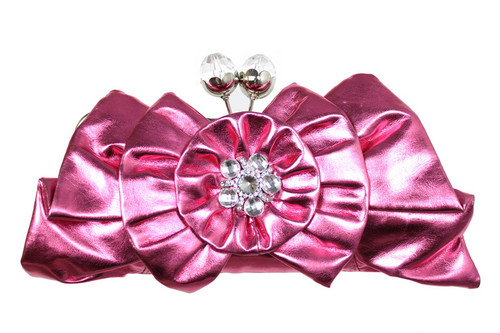 BEAUTIFUL FUCHSIA PINK CLUTCH BAG RHINESTONE ACCENT  METAL FRAMED HAS REMOVABLE CHAIN STRAP