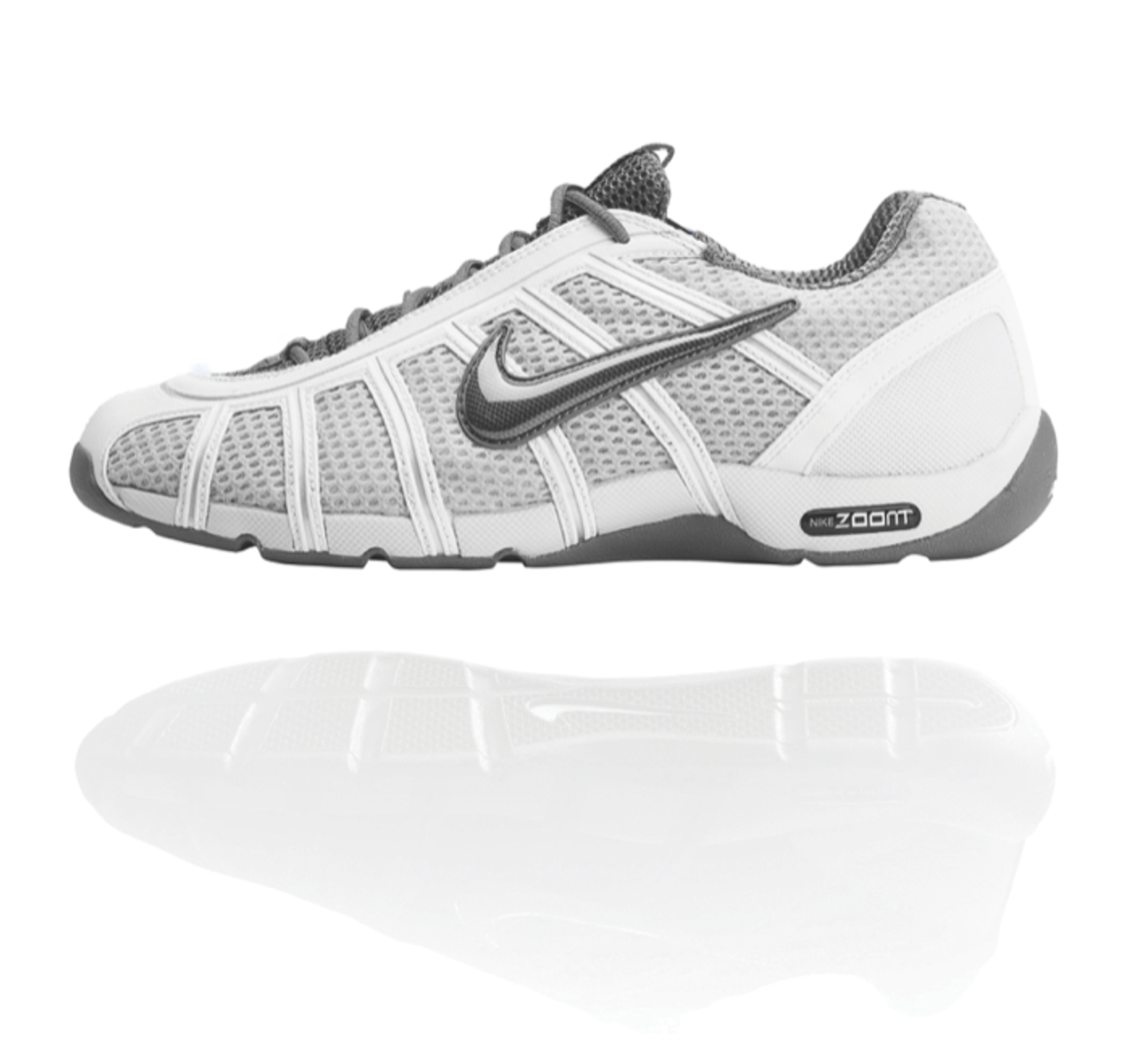 Nike Air Zoom Fencing Shoe Met Platinum   Black-Flint Gray dc0be2813