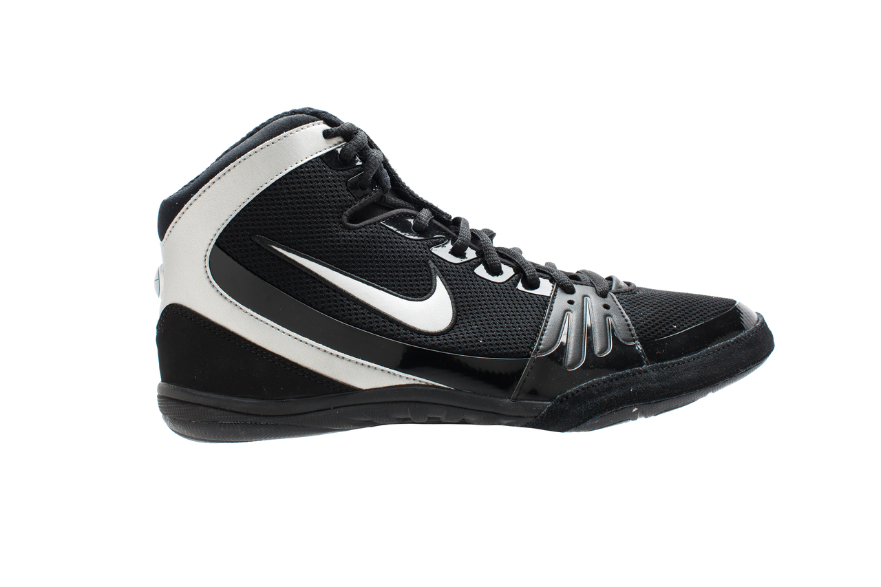 122dcdbf949 Nike Freek Limited Edition - Black Metallic Silver