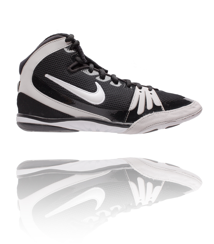 huge discount 6e9d2 6972b Nike Freek Black   White Wrestling Shoe