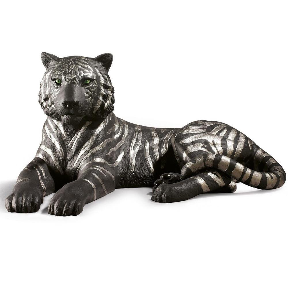 Tiger Black and Silver Porcelain Figurine   Lladro   01009261