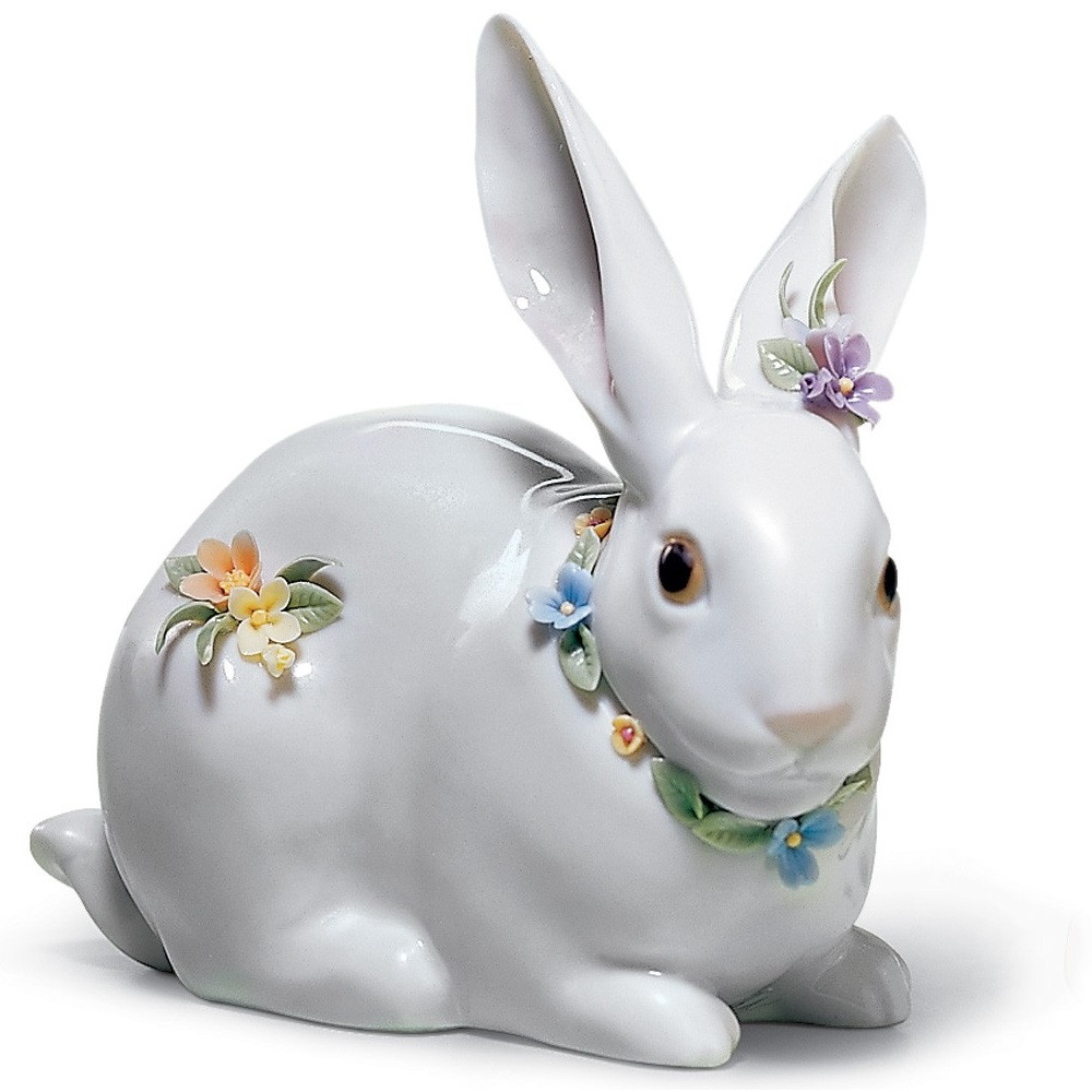 Attentive Bunny With Flowers Porcelain Figurine   Lladro   01006098