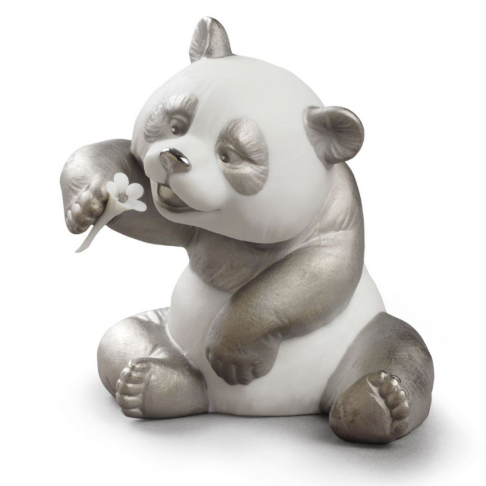 Cheerful Panda Bear Figurine with Silver Lustre | Lladro | 01009088