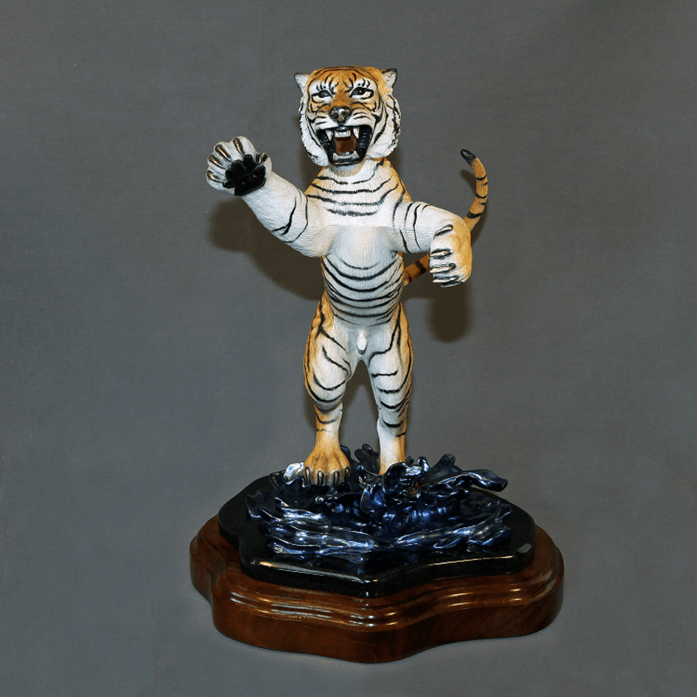 "Tiger Bronze Sculpture ""Defiant""   Barry Stein   BBSDEFIANT-2"
