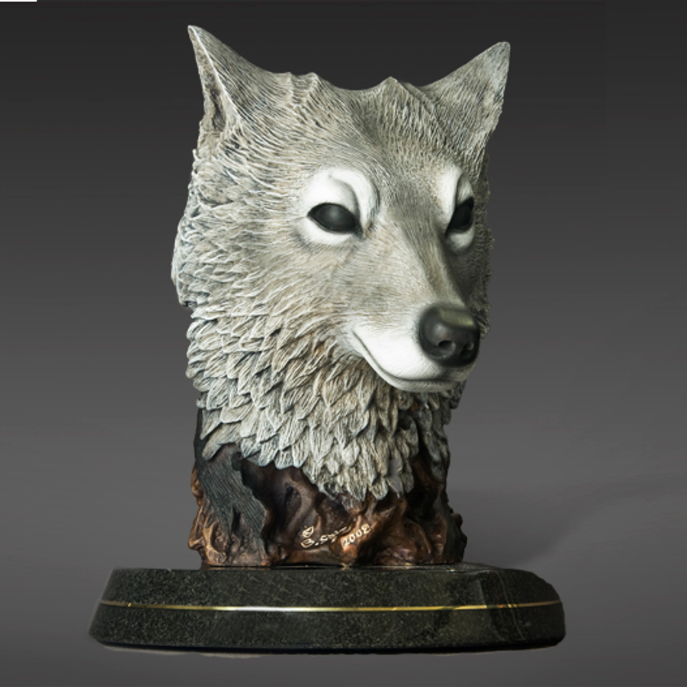 """Native America and Wolf Bronze Sculpture """"The Peacekeeper""""   Barry Stein   BBSTHEPEACEKEEPER-3"""
