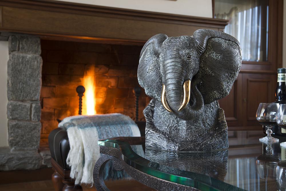Black Elephant Ceramic Figurine | De Rosa | Rinconada | DER464B -4