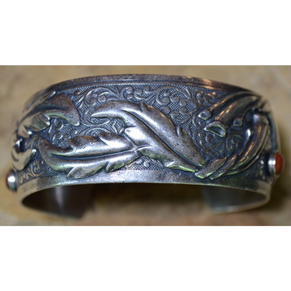 Mirror Antique Silver Leaf Brass Cuff Bracelet | Elaine Coyne Jewelry | BES704BC